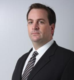 Dr. Erik Borncamp